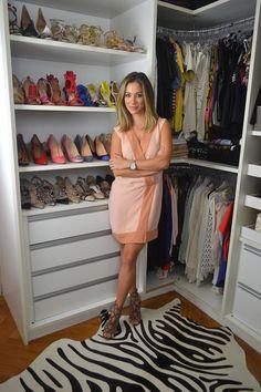 Closet de blogueira: Helena Lunardelli mostra como organiza roupas e sapatos - Casa Vogue | Ambientes