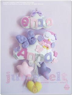 creazioni in feltro per le camerette dei bimbi, banner con nome, fiocchi nascita, portapigiama, porta pannolini, apriporta feltro