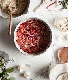 Rabarber- och mandelkaka