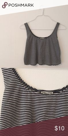 striped crop. Reposh! Adorable top but just a touch shorter than I prefer. Good condition: no rips or stains. Tops Crop Tops