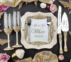 Gold Wedding Decorations, Wedding Centerpieces, Crown Centerpiece, Wedding Themes, Wedding Champagne Flutes, Wedding Glasses, Wedding Cake Knife And Server Set, Unique Wedding Colors, Wedding Cake Cutting