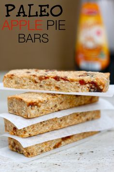 Paleo Apple Pie Bars- A delicious, baked bar which tastes like an apple pie fresh from the oven- Paleo, Vegan and Gluten free!. ☀CQ glutenfree paleo sweets treats snacks