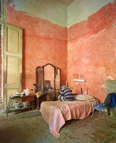 Cuban Decor, Scandinavian Home Interiors, Decor Logo, Aesthetic Rooms, Pink Room, Indian Home Decor, Cheap Home Decor, Entryway Decor, Entryway Ideas