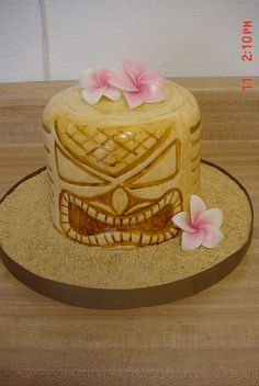Gum Paste Tiki Mask Cake Topper Diane S Cakes Edible