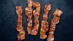 Undercooked, soggy bacon is indisputably brunch's most serious offense. In fact, if your bacon isn't served with perfectly crisp edges and a balanced grease to meat ratio, what is the point of making … Cooking Bacon, Cooking Tips, How To Make Bacon, Best Bacon, Dill Sauce, Smoked Bacon, Bacon Bacon, Everything Bagel, Recipes