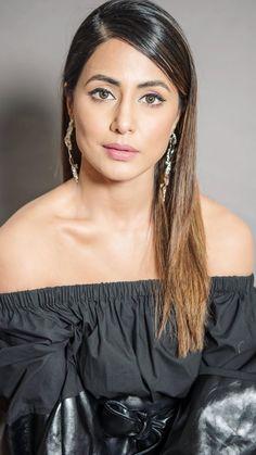 Heena Khan, Hindi Actress, Muslim Fashion, Celebs, Celebrities, Off Shoulder Blouse, Bollywood, Hairstyle, Actresses