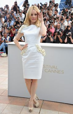Canadian Actress Rachel McAdams ...Hmmm!! Yummy...