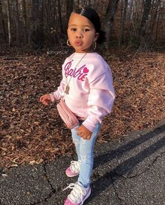 little girl outfits, toddler outfits, cute outfits for kids, baby outfits Fashion Kids, Little Girl Fashion, Toddler Fashion, Toddler Outfits, Toddler Swag, Baby Outfits, Children Outfits, Preteen Fashion, Children Toys