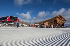 New gondola links Utah ski areas to create Park City, America's largest ski resort - LA Times