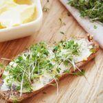 Ciocolata de Casă – Rețetă Originală | La Taifas Camembert Cheese, Cabbage, Vegetables, Sweet Dreams, Food, Essen, Cabbages, Vegetable Recipes, Meals