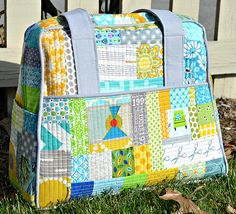 SewCraftyJess: A weekender kind of weekend {take two} Hand Sewn Crafts, Baby Staff, Bag Patterns To Sew, Quilt Patterns, Sewing Patterns, Purse Storage, Barrel Bag, Purse Handles, Fabric Bags