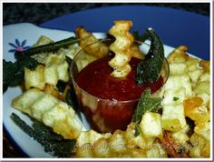 Le Ricette della Nonna: Patate fritte con foglie di salvia e ketchup picca... Salvia, Frittata, Ketchup, Appetizers, Sage, Appetizer, Entrees, Hors D'oeuvres, Side Dishes