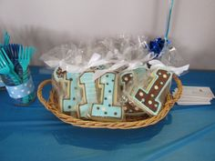 Diary of an Angry Pregnant Lady: t's 1st birthday party