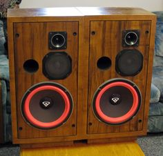 Cerwin Vega Found a cheap pair in need of refoaming. Thinking about going… Top Speakers, Home Audio Speakers, Audiophile Speakers, Bookshelf Speakers, Speaker Box Design, Tools And Toys, Home Theater Setup, Audio Sound, Speaker Stands