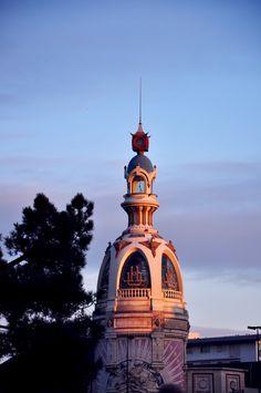 La tour LU à Nantes .Vestige de l'usine Lefèvre-Utile qui fabriquait depuis 1846 les fameux petits-Beurre LU.   Loire-Atlantique. Brittany