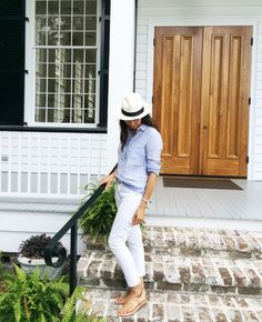 white jeans, summer weekend outfit, hamptons, bbq, pool, hat, oxford shirt, classic, preppy, sandals, casual