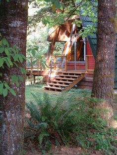 Cabin vacation rental on McKenzie River. Haven't been there yet. Just collecting dreams for now.