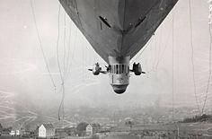 """Дирижабль """"Норге"""" над Экебергом, Осло, Норвегия, 14 Апреля 1926 года."""