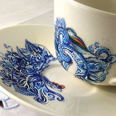 I am a big fan of spring birds and oriental ornaments. This tea cup is perfect!