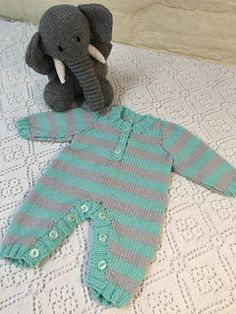Baby Knitting Patterns Free Baby knitting and crochet patterns all available as an . Baby Boy Knitting Patterns Free, Knitting For Kids, Knit Patterns, Clothing Patterns, Free Knitting, Onesie Pattern, Beanie Pattern, Baby Born Clothes, Crochet Baby Jacket