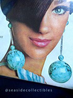 American Vogue 15 January 1966 Vintage Magazine TWA Ad Irvin Penn Cover Model Marisa Berenson   At seasidecollectibles