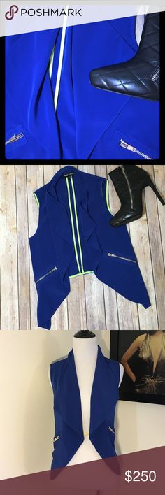 🚨 Express Blue Vest Fashion Star for Express blue, gently worn, fly away, cropped vest with zipper pocket detail. Great layering piece to add style to any outfit. Please use the offer button for all offers and bundle for a bigger discount. Thanks 💋52 Express Jackets & Coats Vests