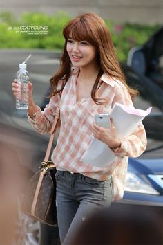 SNSD SooYoung airport fashion