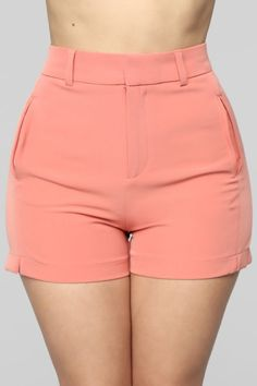 Available In Ivory And Pink High Waist Zip Front Front Pockets Inseam Stretch Crepe Fabric Self: Polyester Spandex Contrast: Polyester Diy Shorts, Cute Shorts, Casual Shorts, Short Waist, Crepe Fabric, Fashion Nova Models, Pants Pattern, Cut And Style, Blouse Designs