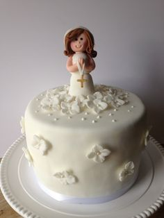 Communion cake By Be Sweet by María