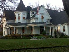 beautiful Victorian home in Waxahachie