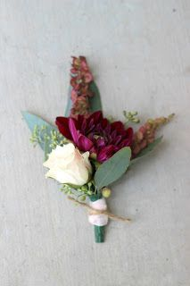 Merlot and Blush Boutonniere // Celebration Flair