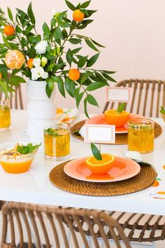 Summer Entertaining Idea: Orange You Glad Party: mimosas and more! Orange Party, Orange Wedding, Orange You Glad, Party Decoration, Table Decorations, Orange Decorations, Orange Centerpieces, Orange Table, Ideas Party