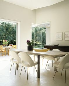 Garden: Dining Room Modern Single House Design With White Interior Color Decorating Ideas Glass Sliding Door And Wooden Table Top With Leather Chairs