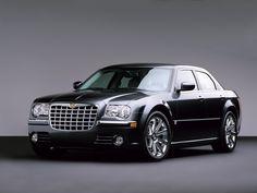 "Chrysler 300 - my ""small dream"" car"