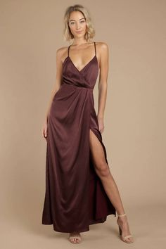 Satin, slit, and sass. That's what you're in for with our Forever In Your Dreams Wine Satin Maxi Dress. Get all dolled up in this long formal dress, f Prom Outfits, Chic Outfits, Girl Outfits, Wine Dress, Dress Up, Silky Prom Dress, Elegant Outfit, Elegant Dresses, Bridesmaid Dresses