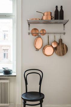 kitchen corners and storge
