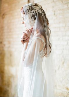 Long hair wedding ideas, vintage veil inspiration, Sibo Designs 2014. Photography: Brumley & Wells. Styling: Ciara O'Halloran