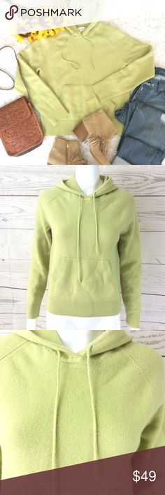 b39f6c149a0 100% Cashmere Banana Republic super soft hoodie Excellent condition no  flaws so soft and comfy
