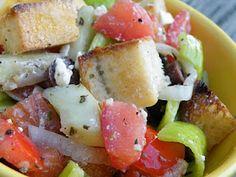 Vittles and Bits: Greek Panzanella Salad
