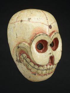 virtual-objets: masque en bois, le Bhoutan, 1850-1920