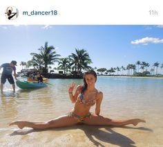 Beautiful beach picture idea for a dancer / gymnast / cheerleader