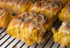 The Amish know how to make cinnamon rolls- these are a pumpkin-flavored variety with a caramel icing. Perfect! Photograph included.