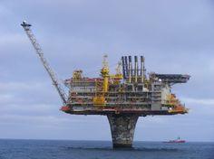 Oil Platform   Oil Rig Photos - Draugen