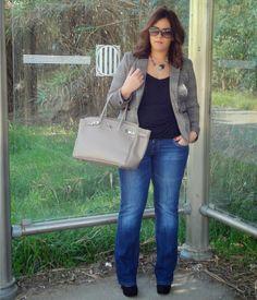 Tenemos Outfit Nuevo de Oficina http://vistetequevienencurvas.blogspot.com.es/2013/11/tenemos-outfit-nuevo-de-oficina.html#more #psbloggers #psblogger #curvy #plussize #curves #loveyourcurves