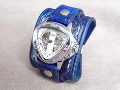 Vintage+hodinky+modrá+kůže,+řemínek+z+kůže+Pásek+na+hodinky+z+přírodní+kůže+(+zákazková+výroba+)+Barva:+modrá+Šířka:+max+6+cm+Hodinky+Winner+-+samonaťahovacie+(+bez+baterky+)+Automatický+mechanizmus+vyžaduje,+aby+sa+hodinky+nosili+najlepšie+každý+deň+inak+môže+dojsť+k+ich+zastaveniu.+Hodinky+sa+naťahujú+automaticky+pri+nosení+alebo+klasicky+kolieskom.+Hodinky+...