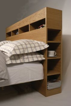 - If you wanted to convert your yawn producing bedroom to an elegant sanctuary you need to change the headboard design. There are lots of easy ideas tha. Exciting Ideas for DIY Headboard Designs Diy Storage Headboard, Headboard With Shelves, Bookcase Headboard, Bed Storage, Bedroom Storage, Storage Spaces, Headboards With Storage, Bed With Shelves, Plywood Storage