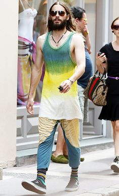 We're not sure what's up with Jared Leto's unique vacation style, but we definitely dig his squared-off aviator sunnies!