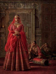 Indian Bridal Lehenga, Indian Bridal Outfits, Indian Bridal Fashion, Indian Bridal Wear, Indian Designer Outfits, Sabyasachi Lehenga Bridal, Lehenga Designs, Sabyasachi Bridal Collection, Indiana