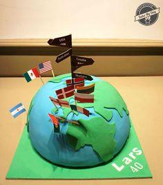 Bake My Day Celebration Cakes Festkager | Lifestyle - Earth, Globe shaped cake with flags. Fondant