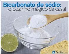 O bicarbonato de sódio é um composto sólido, branco, que é conhecido por seus diversos benefícios para o organismo. O bicarbonato de sódio é